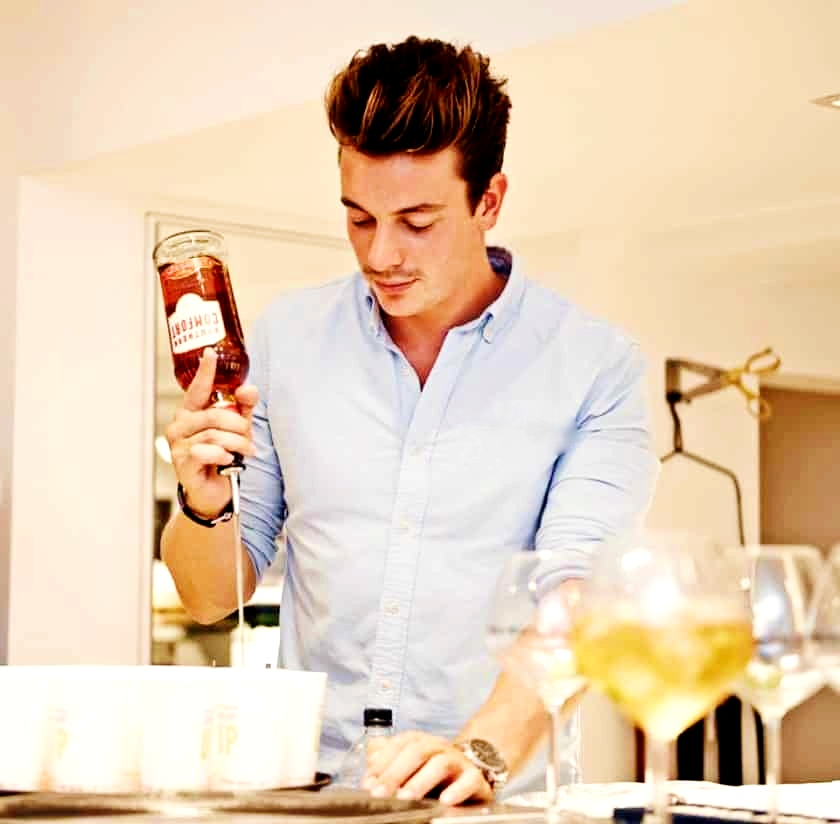 hire a bartender for an event London